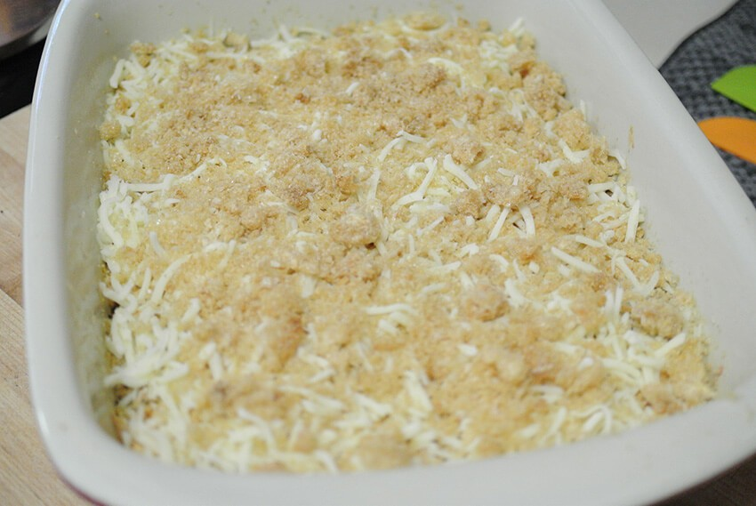 Sprinkle cheese and rinds