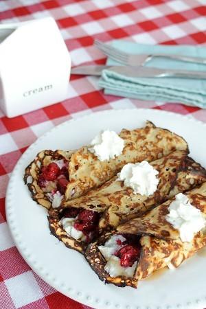 Raspberry ricotta crepes