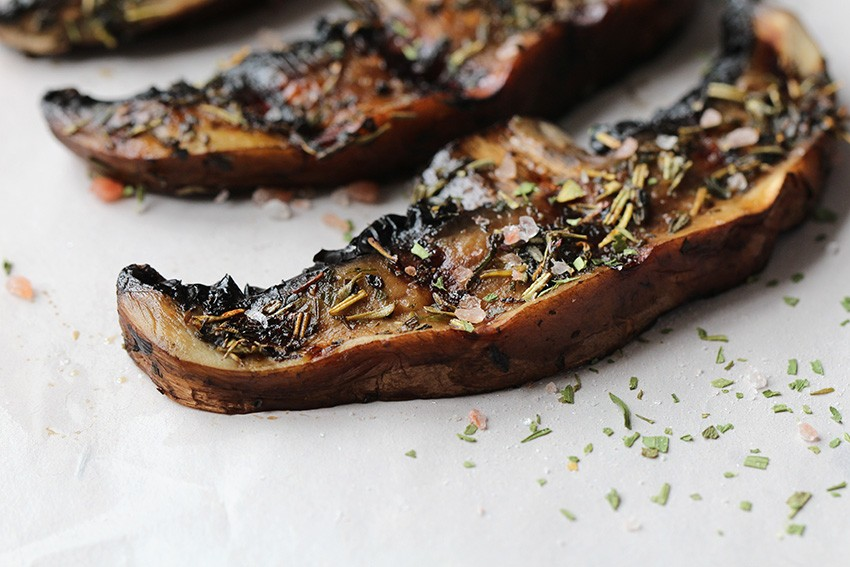 Low Carb Mediterranean Grilled Portobello Mushrooms