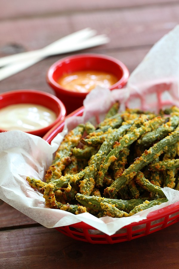 Green Bean Fries - Low Carb & Gluten Free Side - Healthy Recipes from www.tasteaholics.com