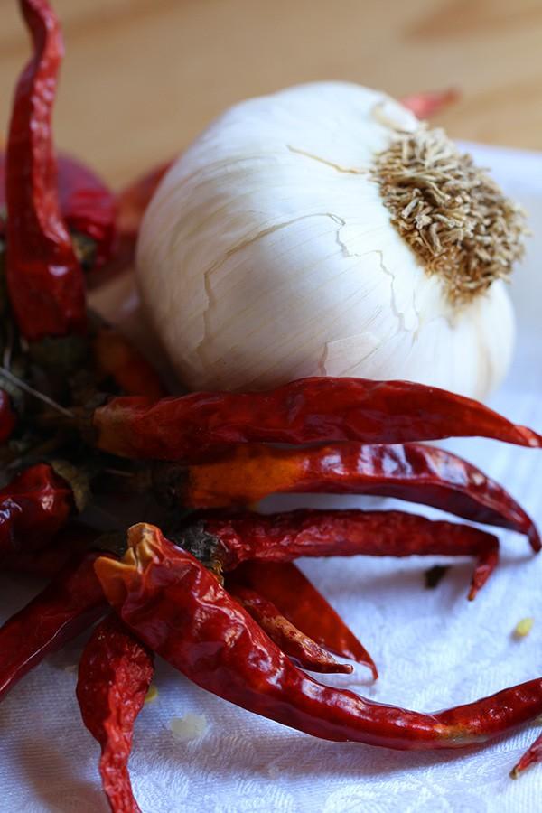 garlic-and-pepper
