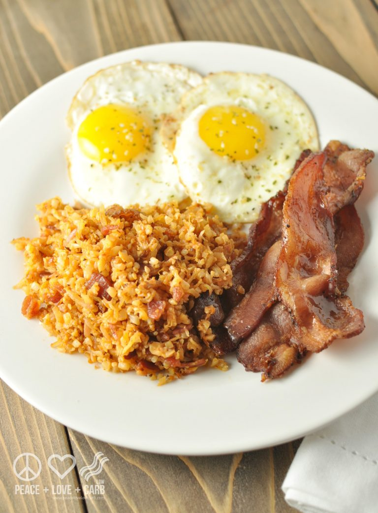 fried-radish-and-cauliflower-hash-browns-with-bacon-paleo-low-carb-768x1042