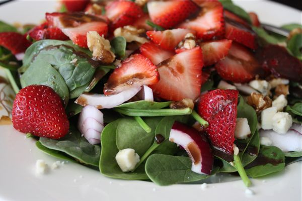 Spinach-Strawberry-Salad-recipe-2