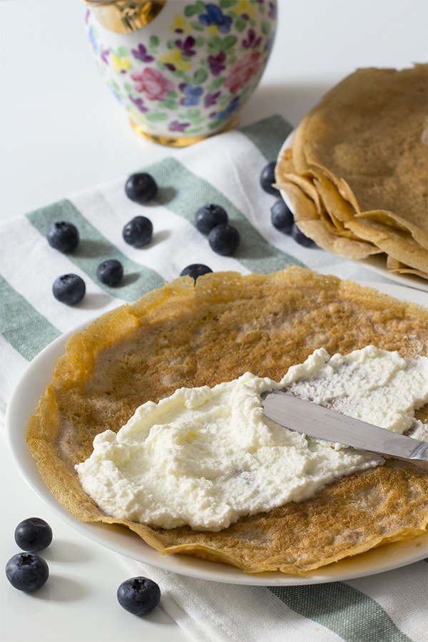 Low Carb Crepes - Blueberries & Cream - gluten free, healthy breakfast