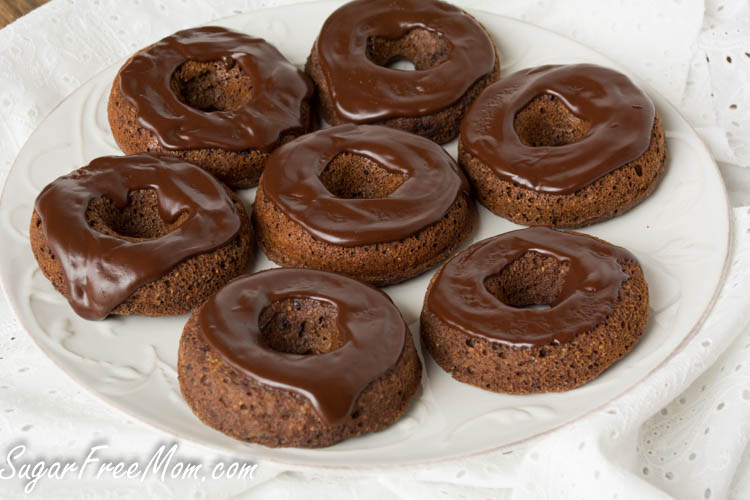 grain-free-chocolate-donuts1-1-of-1