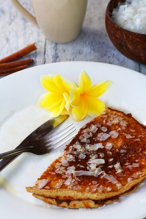 Coconut Pancakes - Low Carb & Gluten Free Healthy Breakfast