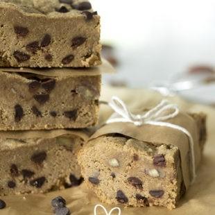 Chocolate Chip Blondies - Sugar Free, Low Carb & Gluten Free