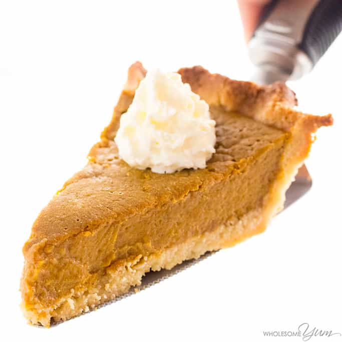 Easy Keto Low Carb Pumpkin Pie Recipe (Sugar-Free, Gluten-Free)