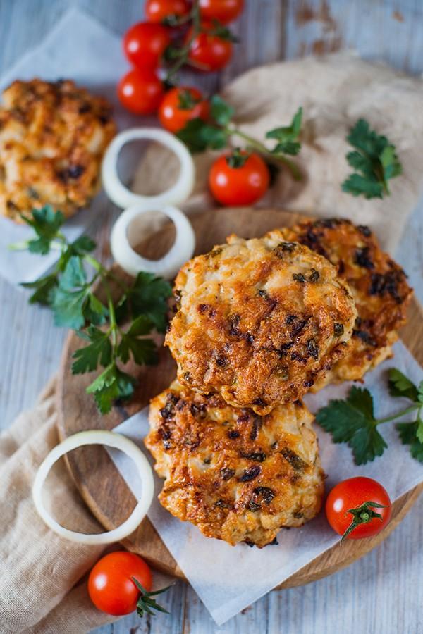Grilled Turkey Burger Recipe Tasteaholics